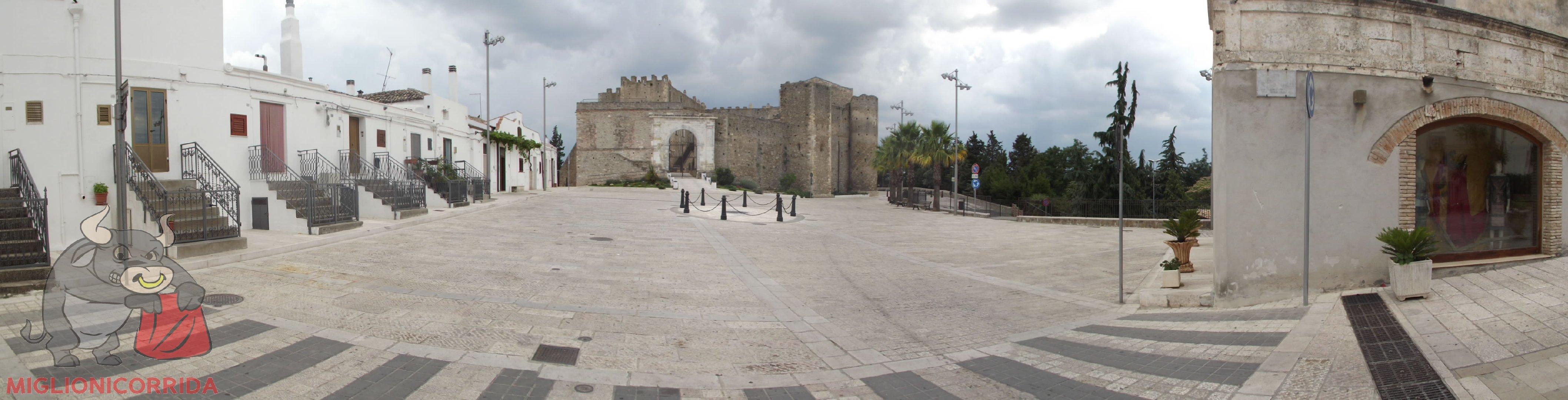 Piazza Castello ospita anche la SETTIMA EDIZIONE della MIGLIONICORRIDA 2013 - PIAZZA CASTELLO  a MIGLIONICO (MT) il 9 AGOSTO 2013